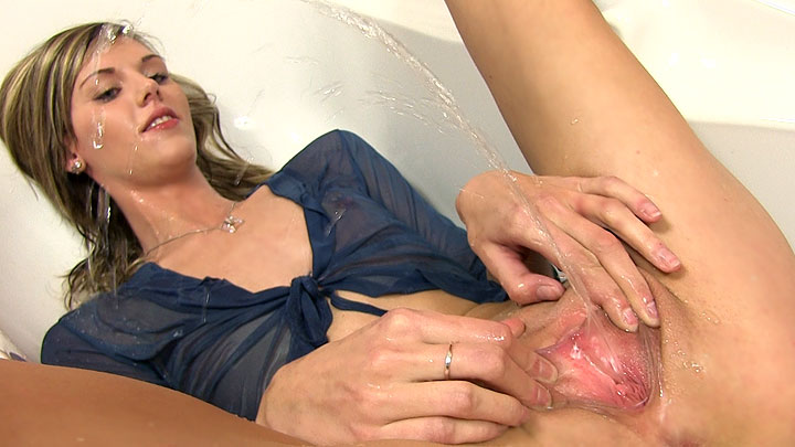 Tall sindy vega gets a huge facial - 4 7